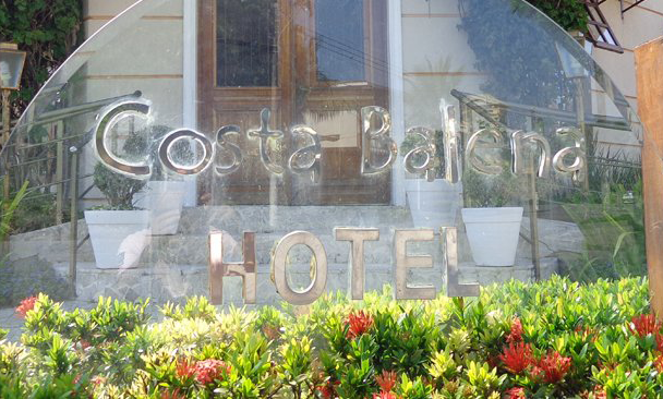 Foto Referente a Entrada do Hotel Costa Balena